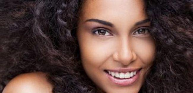 10 Haarpflege-Tipps für verworren, lockig und alles dazwischen Haar