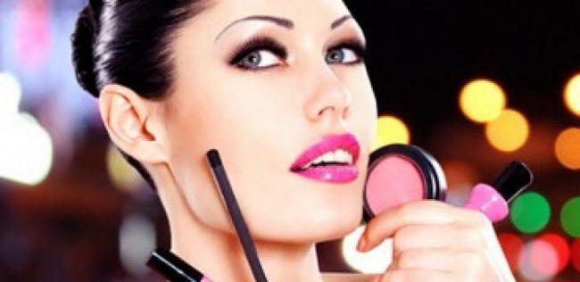 10 Selten verwendet Make-up-Tools