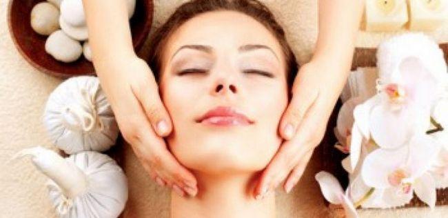 10 Wunderbare Vorteile von Neem-Öl für die Schönheit Ihrer Haut und Haar