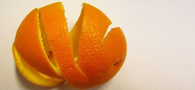 14 Erstaunliche Vorteile von Orangenschalen (Santre ke chilke) für Schönheit und Gesundheit
