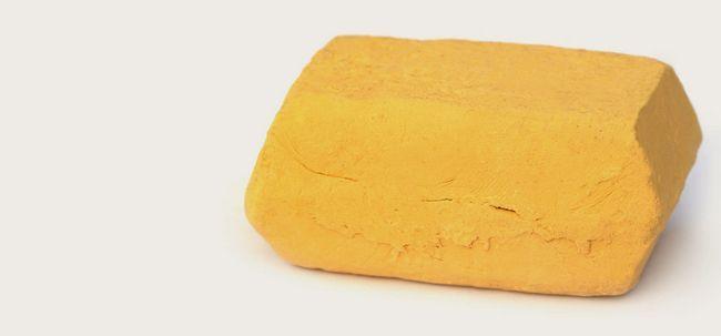 17 Erstaunliche Vorteile von multani mitti für Gesicht, Haut und Gesundheit