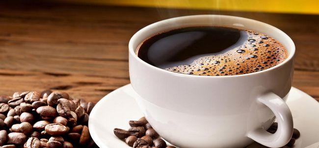 20 Erstaunliche Vorteile von Koffein für Haut, Haare und Gesundheit