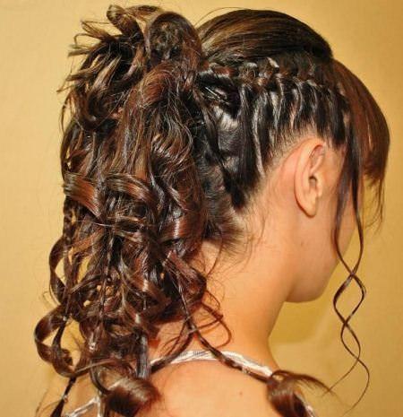 20 Curly Frisuren für Mädchen