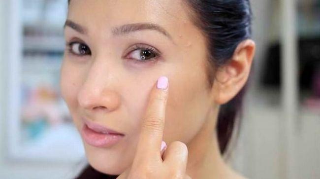 20 Wege, um loszuwerden, dunkle Ringe unter den Augen