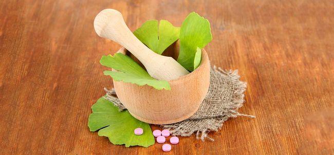 21 Erstaunliche Vorteile von Ginkgo biloba für Haut, Haare und Gesundheit