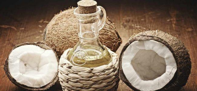 25 Erstaunliche Vorteile von Kokosöl für Haut und Gesundheit