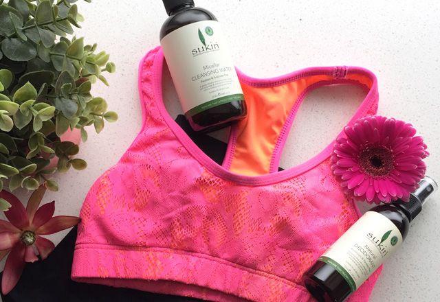 6 Must-Have Beauty-Produkte für Ihre Sporttasche