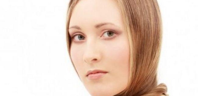 9 Haar Fehler, die Sie machen älter aussehen
