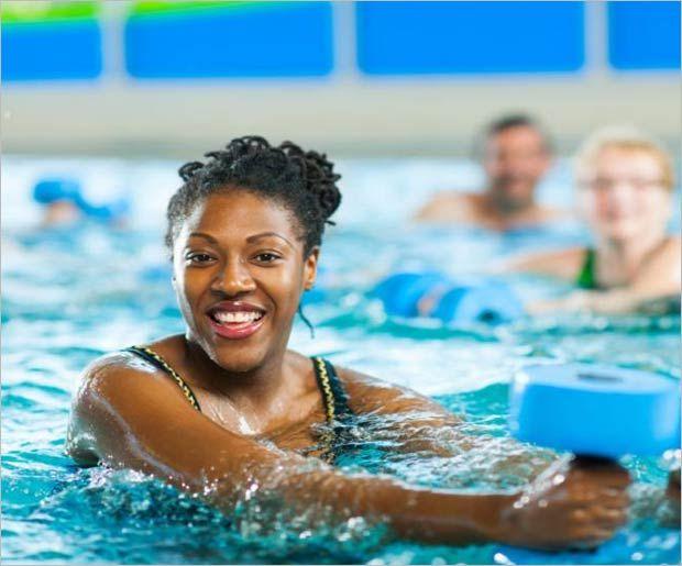 Aqua-Aerobic-Übungen für Anfänger