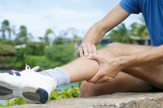 Hausmittel Schienbeinschmerzen zu behandeln