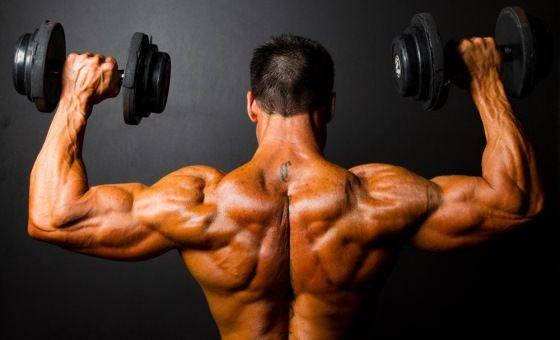Wie schnell Muskeln aufzubauen? (Diät und Übungen)