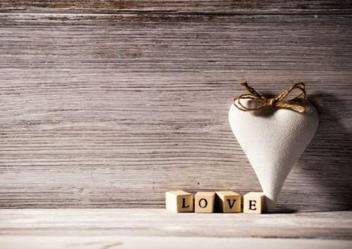 Wie zu lieben (Ihr Freund, eine Frau, sich selbst oder jemand)?