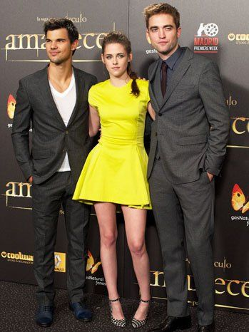 Kristen stewart in Breaking Dawn 2 Premiere, madrid: Kleid, Make-up dilemna