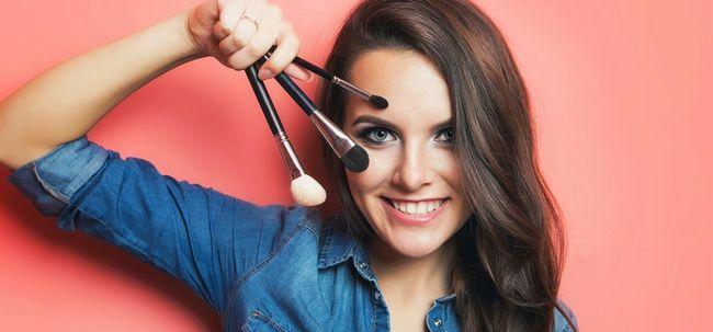 Der ultimative Leitfaden für Make-up Pinsel - verschiedene Arten und Einsatz