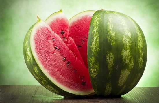 Watermelon 101: Nährwerte und Nutzen für die Gesundheit