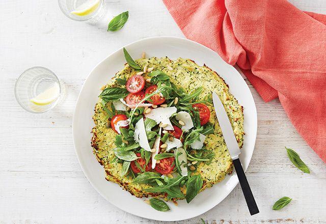 Zucchini-Tortilla mit frischem Salat Rezepte